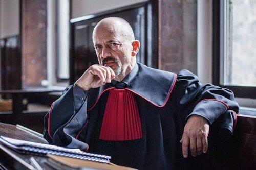 Prokurator (sezon 1)