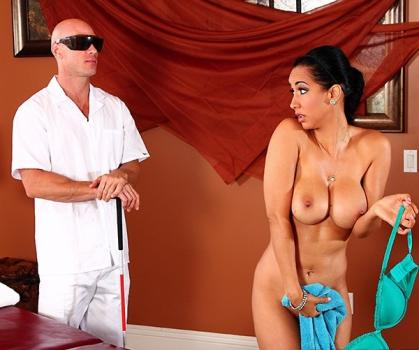 Dirty Masseur - Isis Love