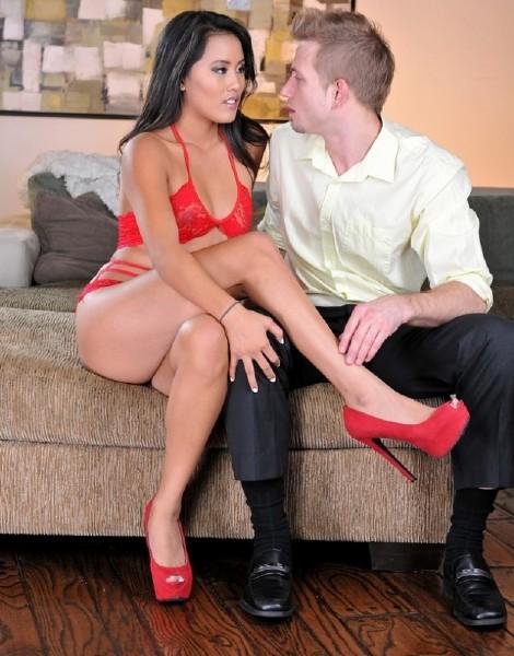 Angelina Chung - Foot fetish with Angelina Chung