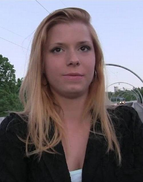 Hot Blonde Wants Stranger To Fuck Her Outside PublicAgent E298 - PublicAgent