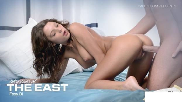 Babes: Foxy Di - Pleasures Of The East