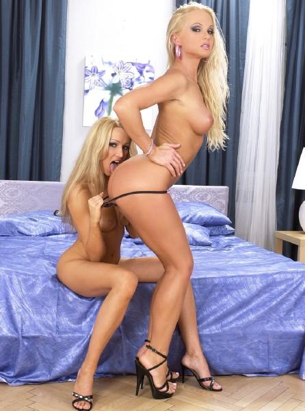 Silvia Saint, Sue Diamond - Erotic Playtime, Scene 1